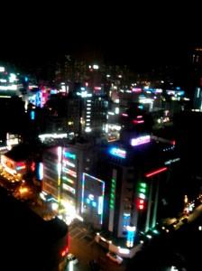 浪漫安静的釜山城市夜景...