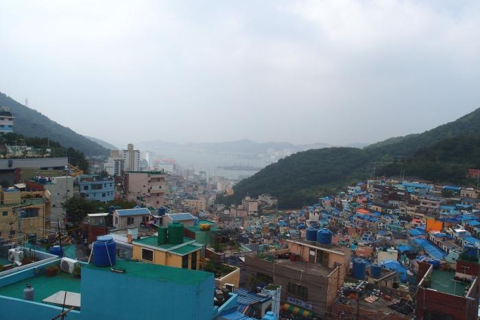 原来到了一个展望台,能远望釜山海景!