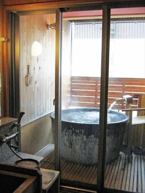 汤泽温泉是日本名泉。