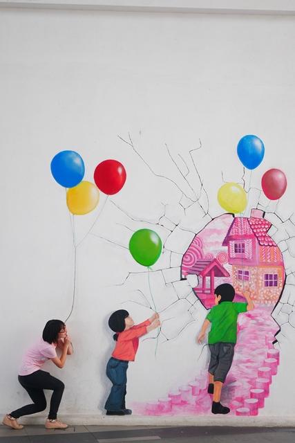拿着气球走入异世界
