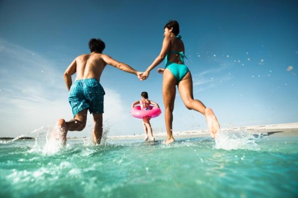 beachfamily.img