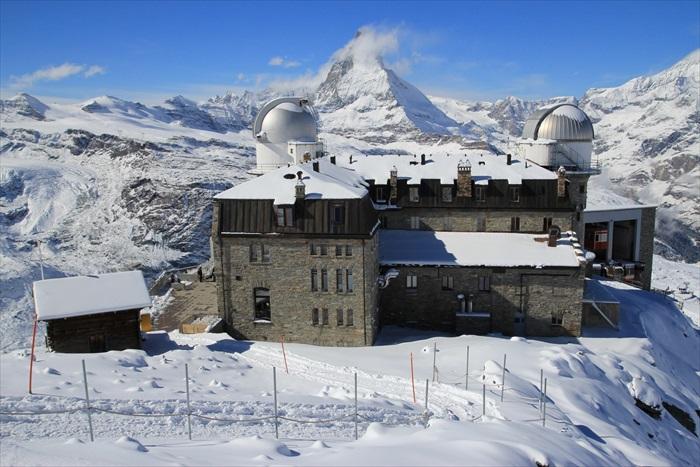 可以正面欣赏马特洪峰全景的Gornergrat观景台。