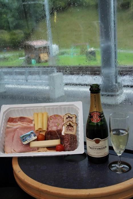 在Golden Pass Panora黄金列车中的午餐套餐。