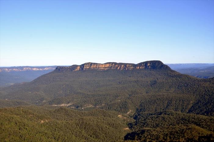 地形风貌丰富的蓝山国家公园。