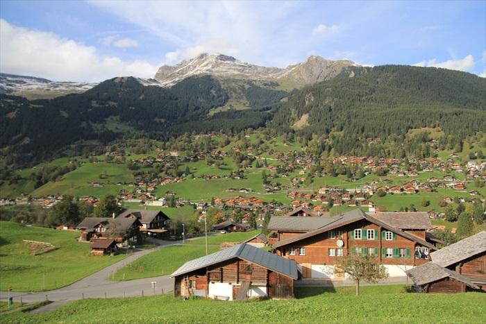 搭上瑞士黄金列车 自由瑞士纪行
