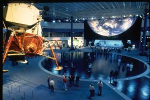 休斯顿太空中心(Space Center Houston)是休斯顿热门的旅游景点。