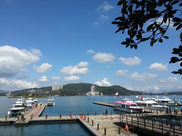 日月潭船港,要游船的都的到这里来。