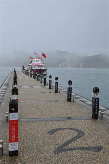 虽不是晴空万里,但环绕在浓雾之下也别有一番风味。