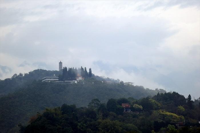 偶有迷雾来袭。