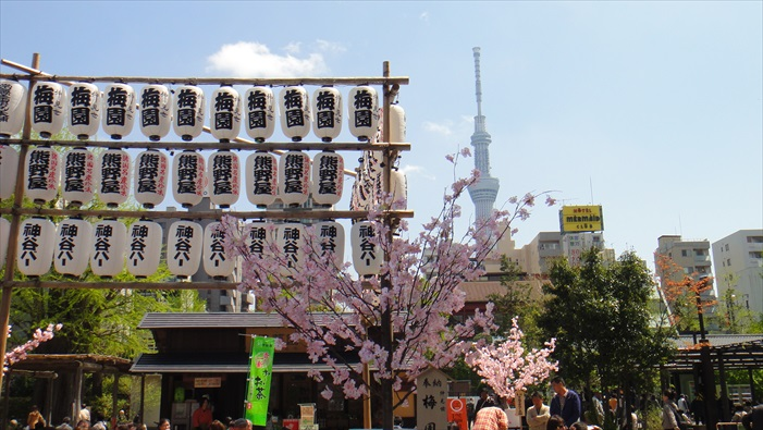 浅草寺是东京,也是日本参拜人次最多的的寺院。