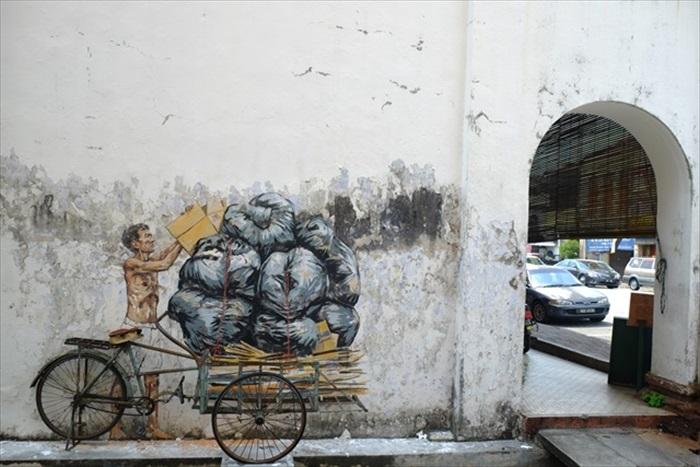 三奶巷遇见恩纳斯的壁画