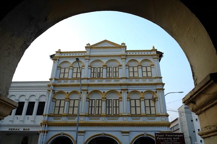 老街上的美丽建筑