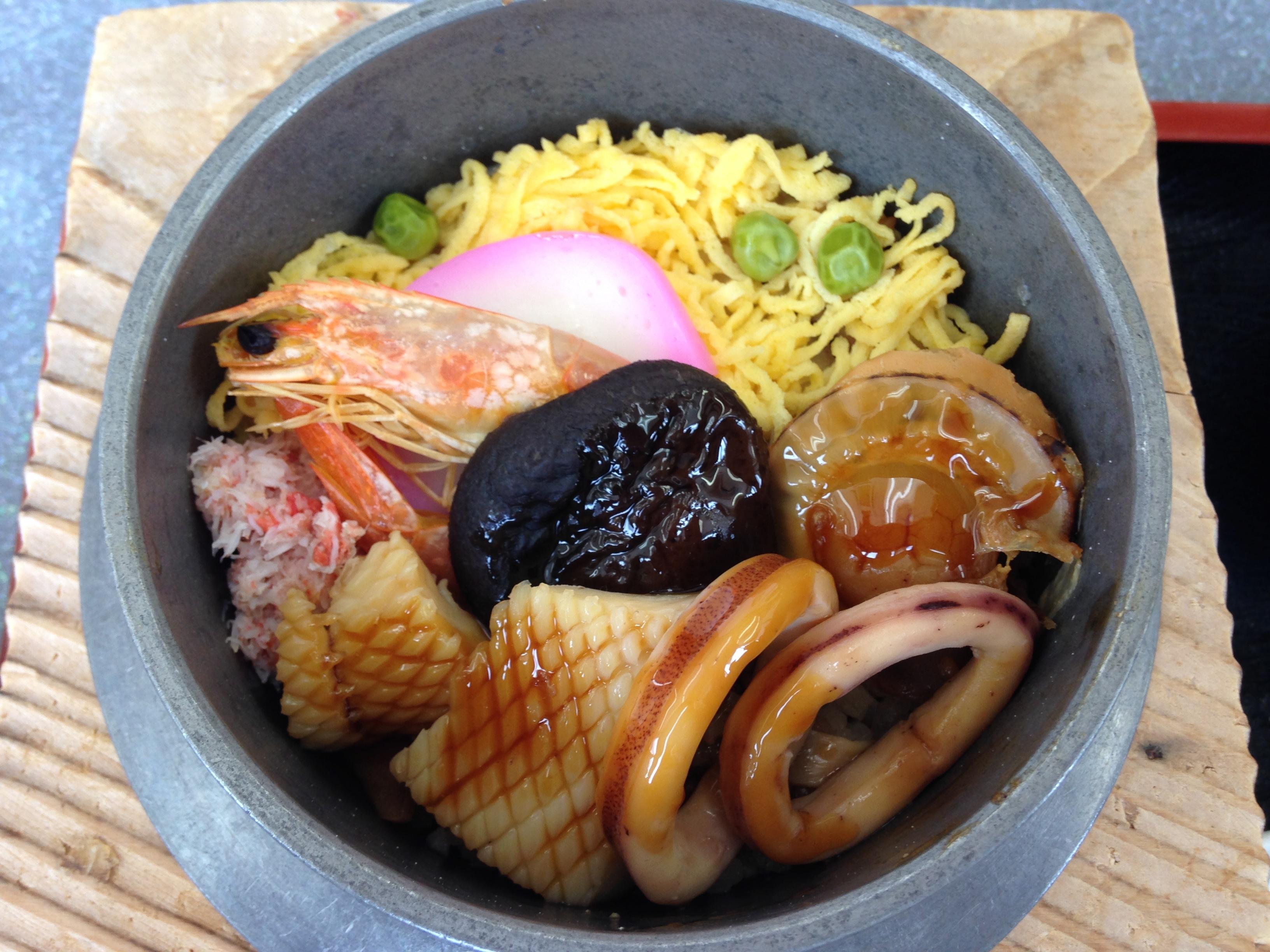 新泻县美食:小木家乌贼饭