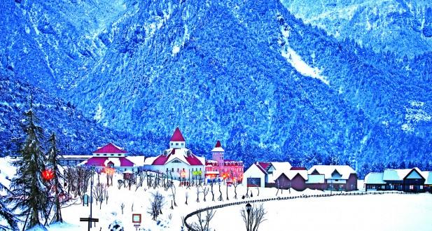 西岭雪山的建筑有着浓厚的北欧风情,浪漫而美丽。