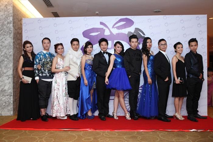 Group Photo 1 (4)
