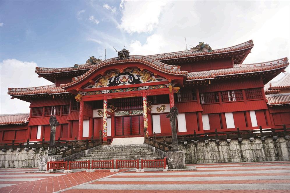 首礼城中最受瞩目的建筑莫过于以唐朝建筑风格为主体的正殿。