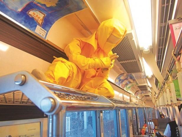 这就是隐藏在列车里的忍者。