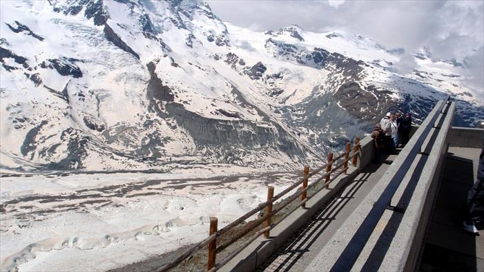 来到瑞士,不能不看看雪山呀!
