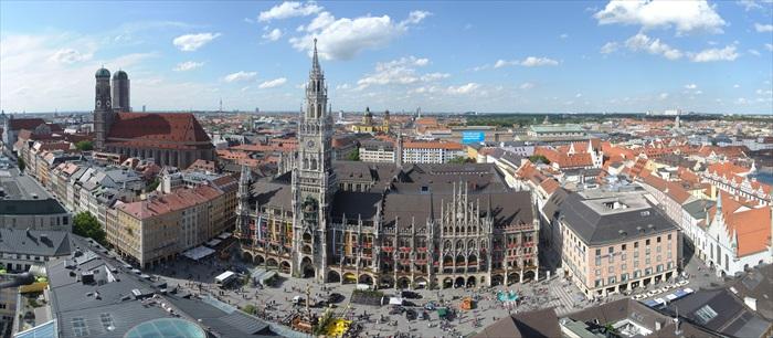 慕尼黑广受游客欢迎,其中,玛利亚广场是游览慕尼黑必到之处。