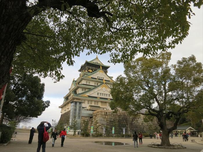 建议要游览大阪城的朋友,预留多一点时间在这里,不然那不长也不短的路程可会花你好些时间哟!