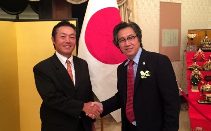 日本驻马大使馆领事部长矢田重信(Shigenobu Yada)也在场给予祝贺。