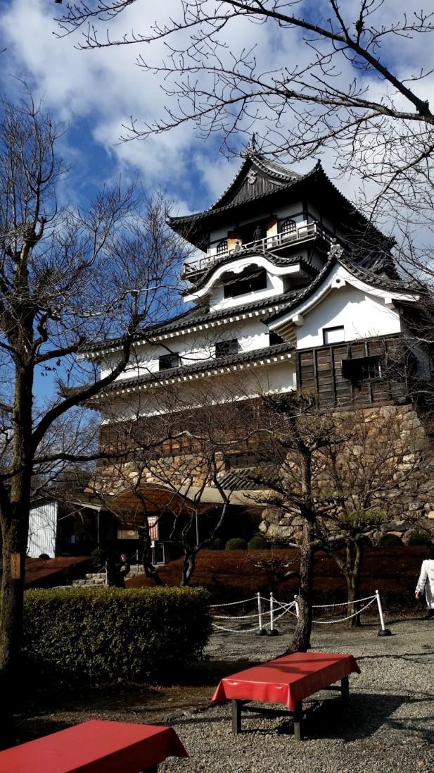 犬山城城堡春秋两季,皆是赏樱旺季。