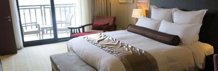 酒店给你四个枕头,并不是纯粹为了好看哦!