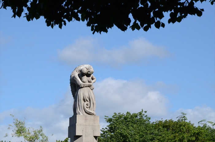维格朗雕塑公园是世界最大的雕塑公园