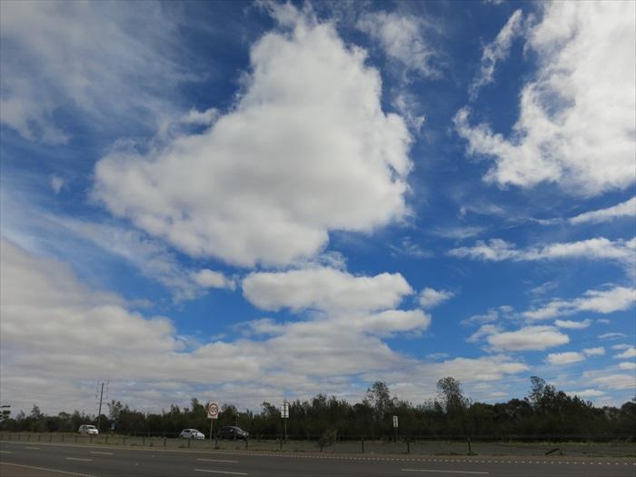 澳洲的天空,无论从哪一个角度看,都是很美丽的景象。