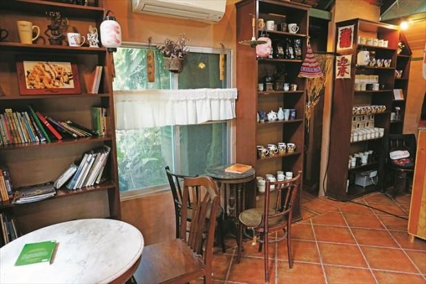 Kaldi咖啡馆,面积不大,但是精致而可爱。
