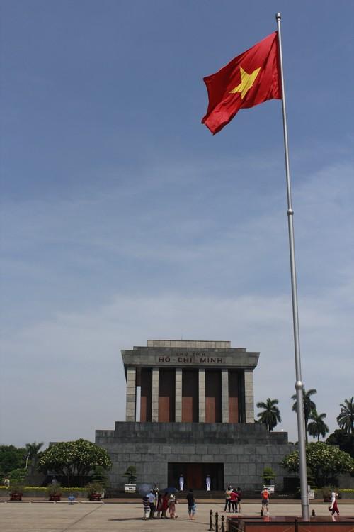 胡志明陵墓和故居(二)