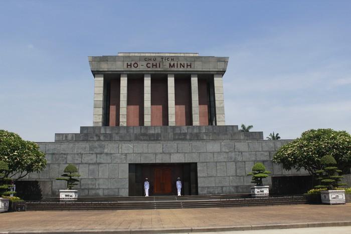 胡志明陵墓和故居(三)