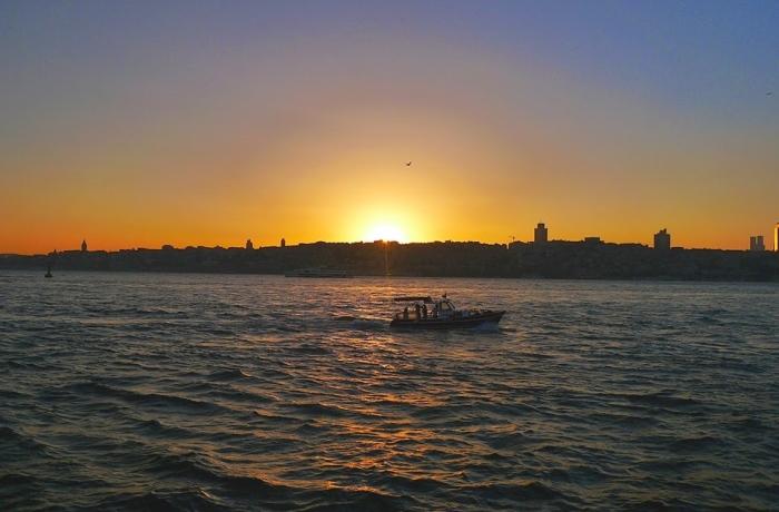 伊斯坦堡,起床了!