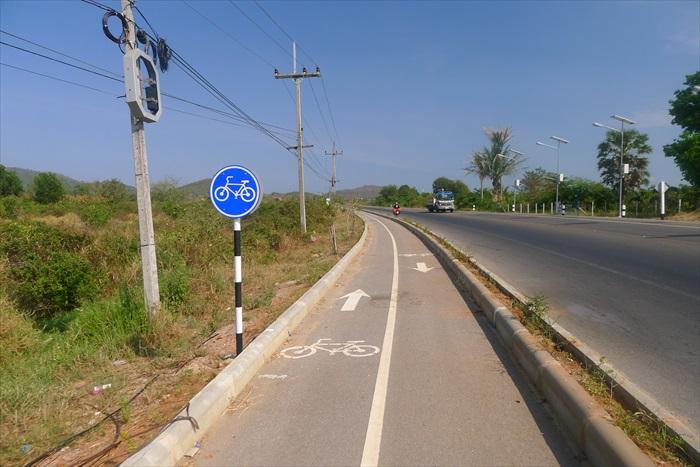 泰国的脚踏车专用道。
