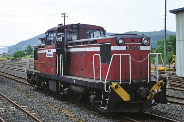 你以为这辆火车只是原种的摆设吗?它其实是货真价实的柴油火车,游客甚至可在前火车驾驶员的指导下亲身驾驶这火车!
