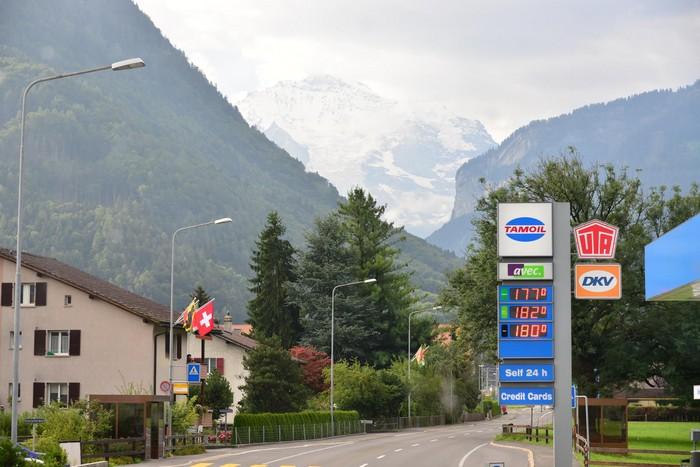"""好山好水好树好景好环境,旅游瑞士不可缺席的""""旅游胜地""""。"""