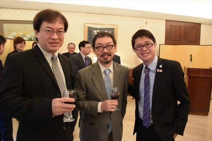 左起:郑钦亮、郑丁贤、黄引辉