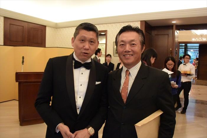 李桑与本驻马大使馆领事部长矢田 重信。