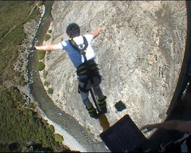 134米的高空弹跳,我跳啦!