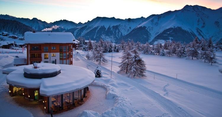 我们入住的度假屋 Art Furrer Hotel,景色就是这样美!