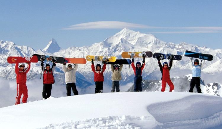 滑雪时这里绝对不可错过的!可惜,我不会啦!