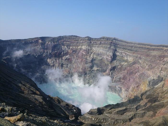 """作为日本最大的活火山,阿苏山那熊本""""火之国""""的称号可不是盖的!"""