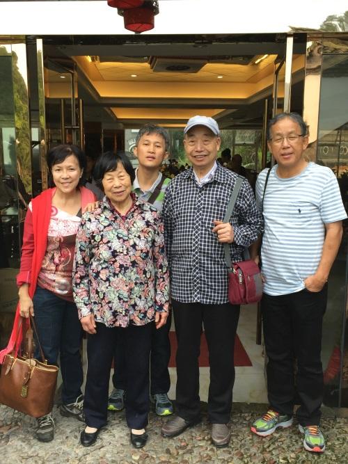 84岁的华文耀师父,是200多年中医世家的传承子弟。