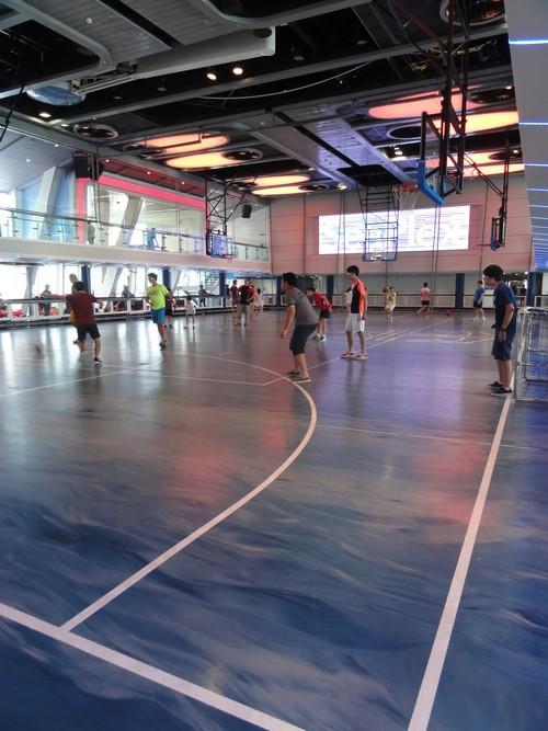 Seaplex @室内篮球场