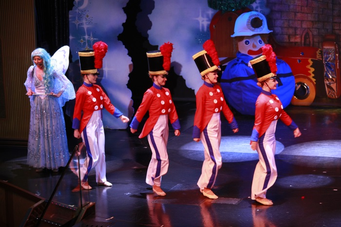 欢乐歌舞剧每日精彩呈现!