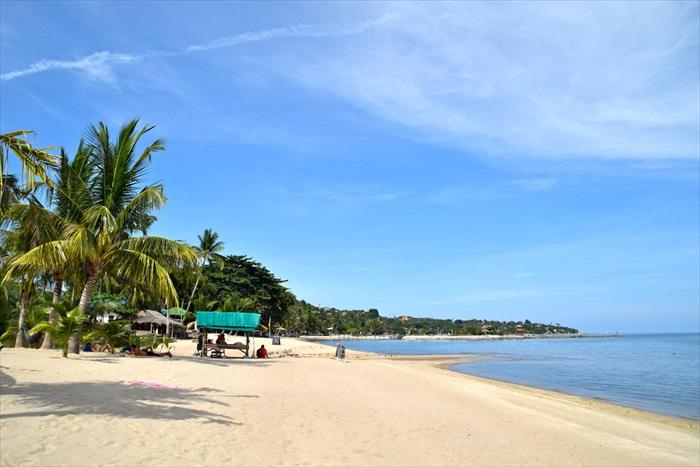 苏眉岛第二主要海滩——Lamai海滩。