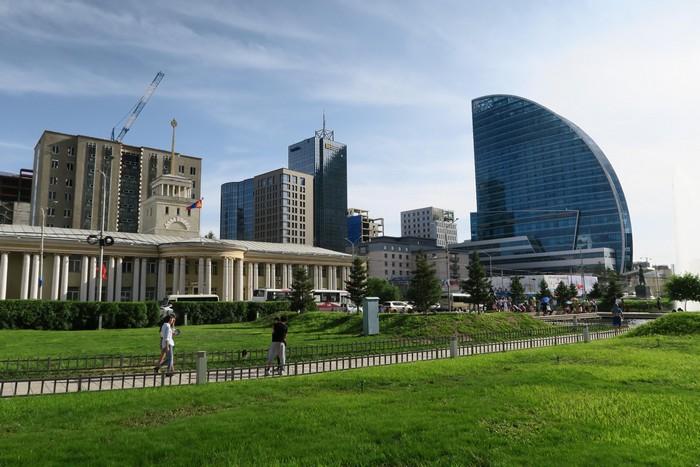 首都乌兰巴托---全国一半的人口居住在城市里。