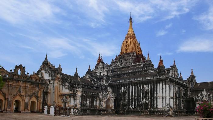 Ananda Temple1