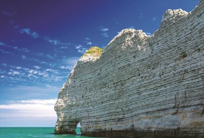 埃特勒塔悬崖,法国
