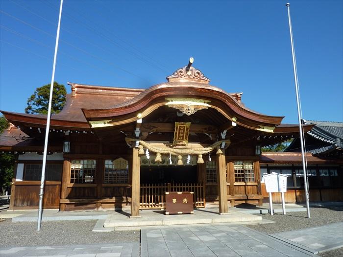 田县神社外头看似与一般神社无异。